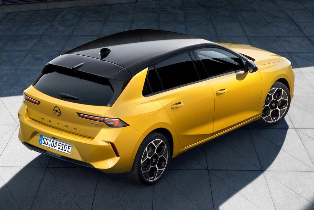 Новый Opel Astra L 2022 оказался перелицованной версией Peugeot 308