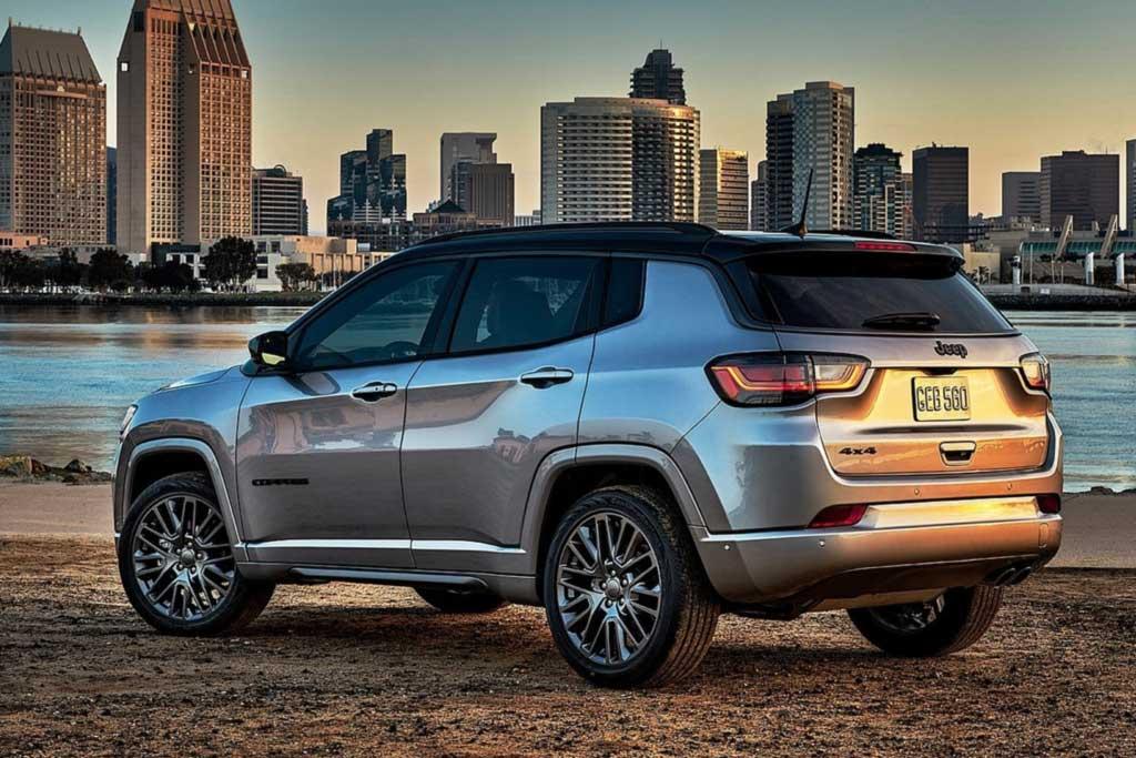 Представлен обновленный Jeep Compass 2022: такой появится и в России