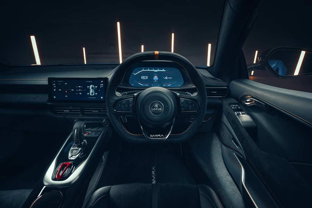 Представлен новый спорткар Lotus Emira: модель можно оснастить движком AMG