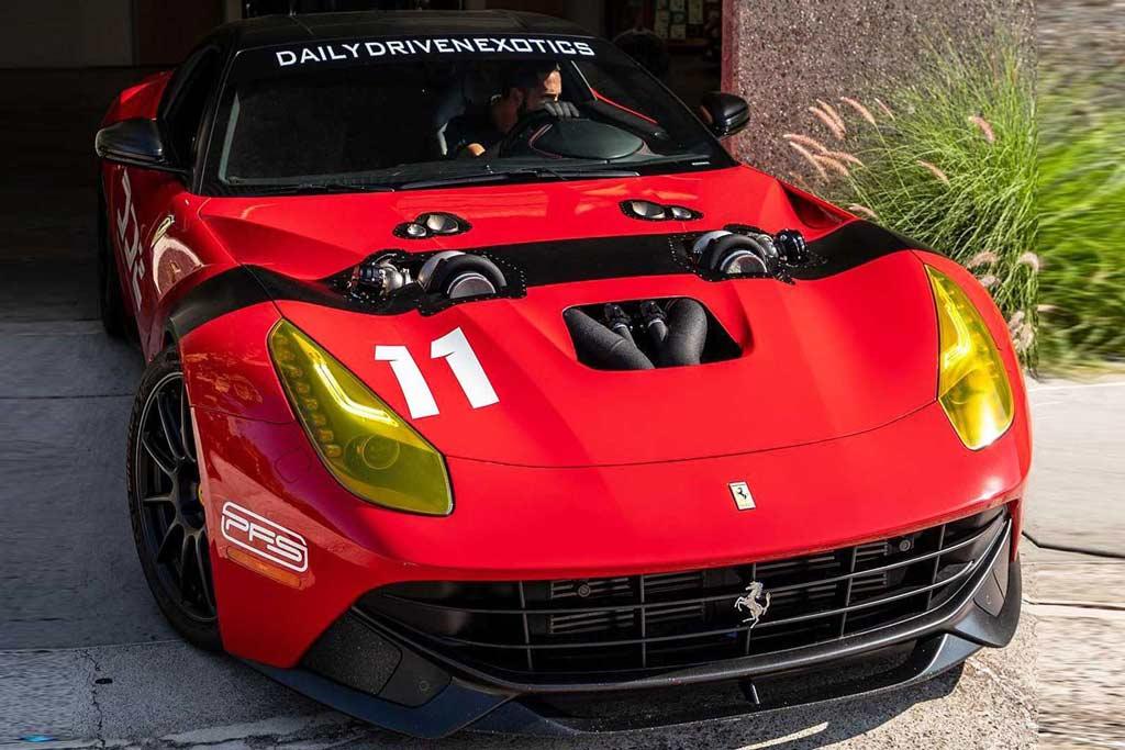Движок V12 на Ferrari F12 оснастили двумя турбинами: теперь здесь 1 500 л.с.