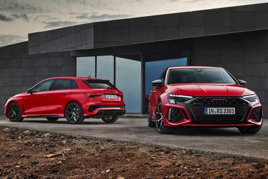 Немцы представили «заряженные» седан и хэтчбек Audi RS3 2022 нового поколения