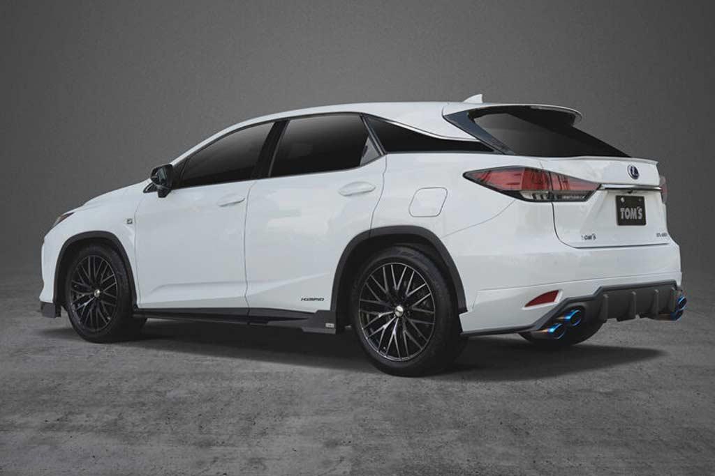 В ателье TOM'S подготовили новый боди-кит для кроссовера Lexus RX