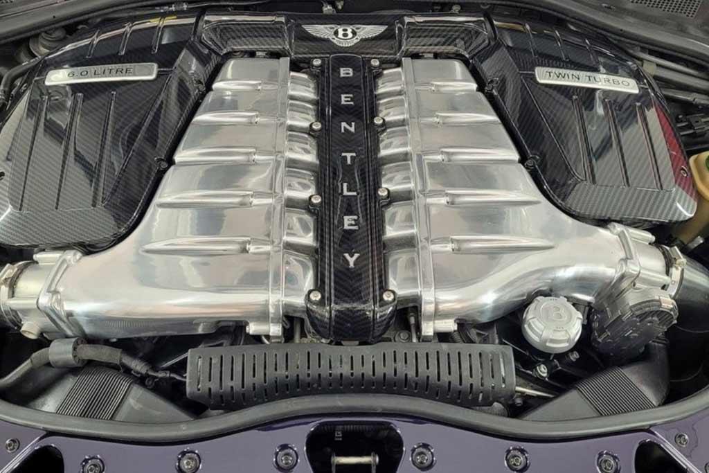 Спортивный седан Bentley Continental Flying Spur переделали в пикап «Decadence»