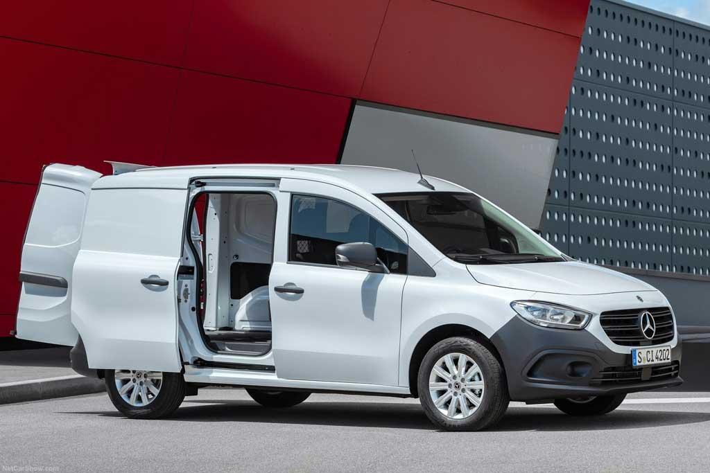 Новый Mercedes Citan 2022 представили в грузовом и пассажирском исполнениях