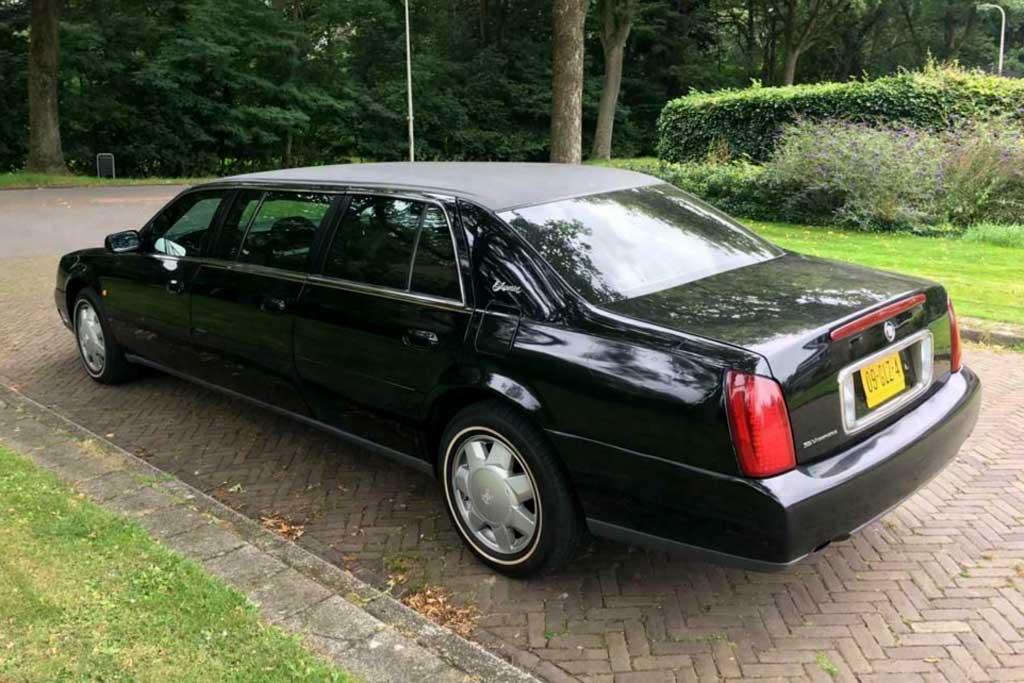 Шестидверный лимузин Cadillac De Ville выставили на продажу за смешную сумму