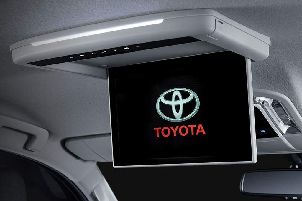 В далекой стране Toyota Fortuner обзавелся версией GR Sport