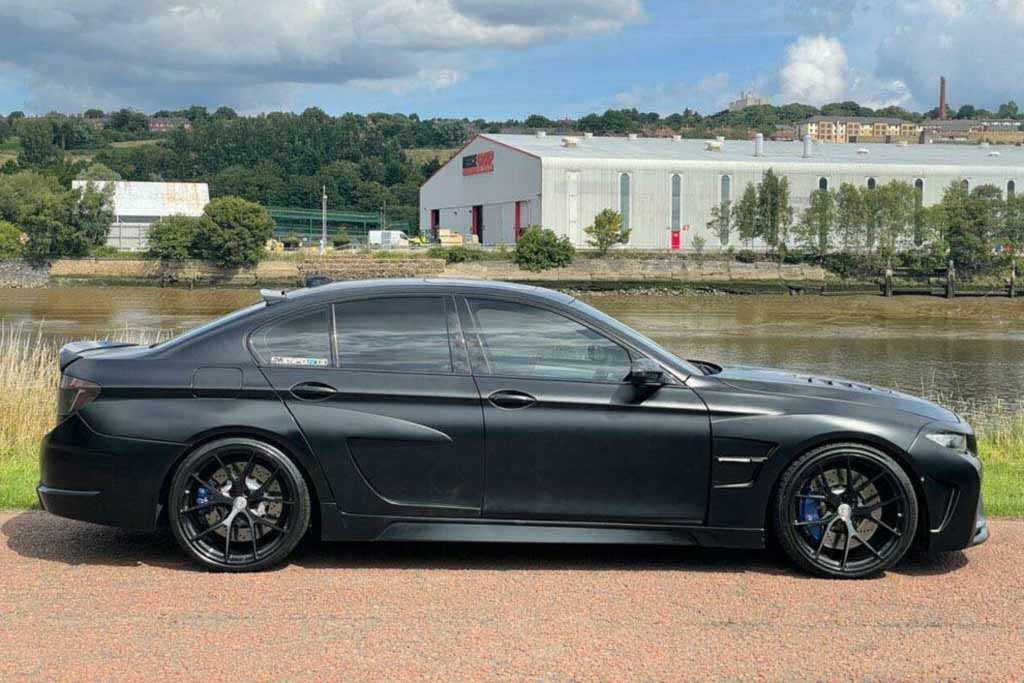 На eBay продают 800-сильный седан BMW M5 с обвесом от Hamann