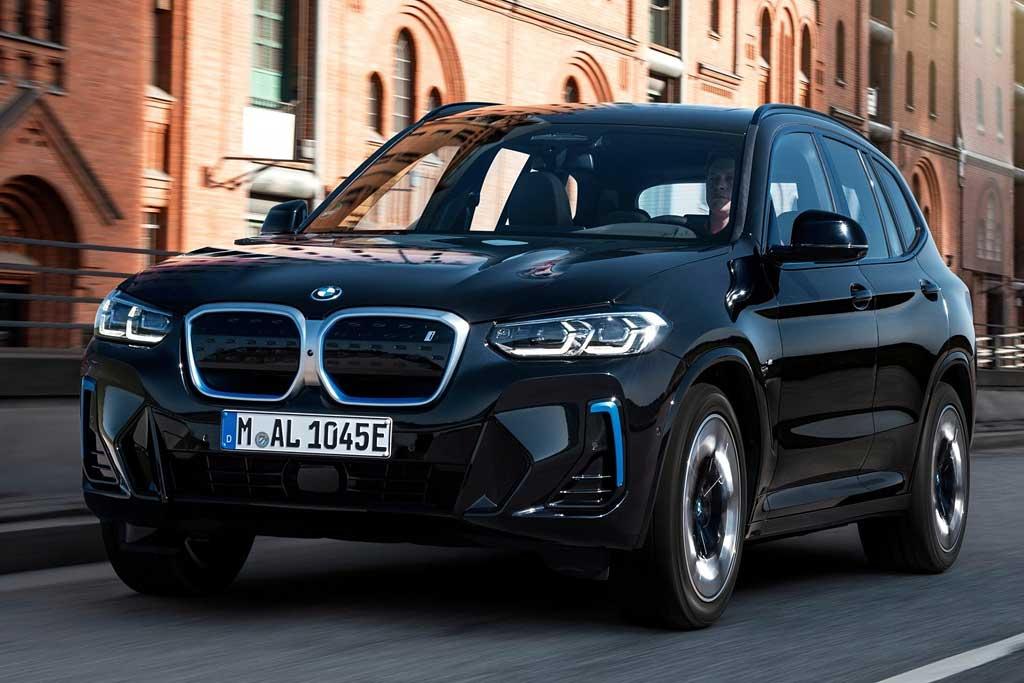 Электрический BMW iX3 обновили вслед за исходным кроссовером Икс 3