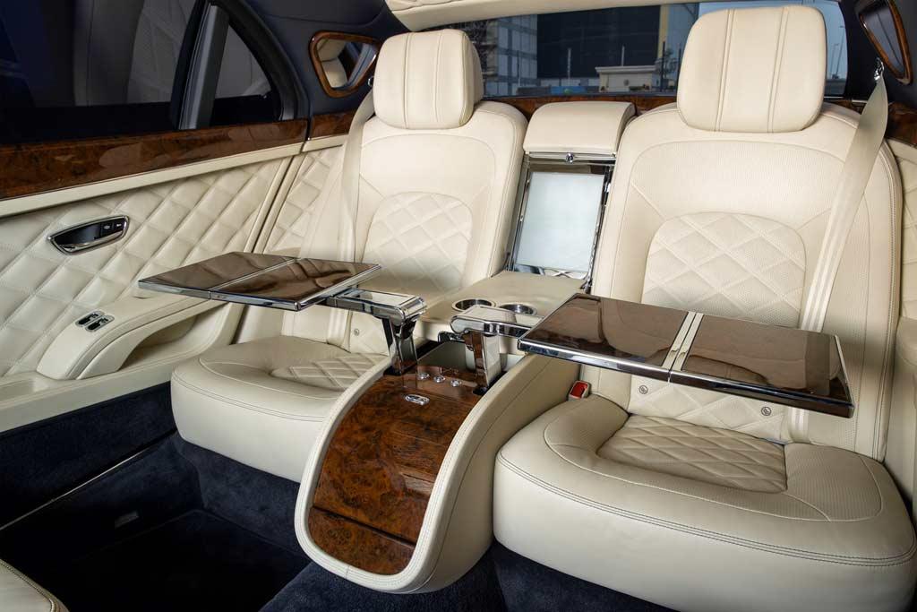 Шейх приобрел сразу пять Bentley Mulsanne Grand Limousine: но пользоваться ими не стал
