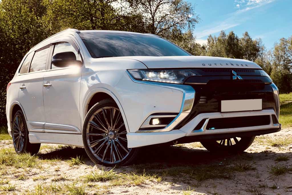 Недостатки Mitsubishi Outlander 2021: все минусы и плюсы по отзывам владельцев