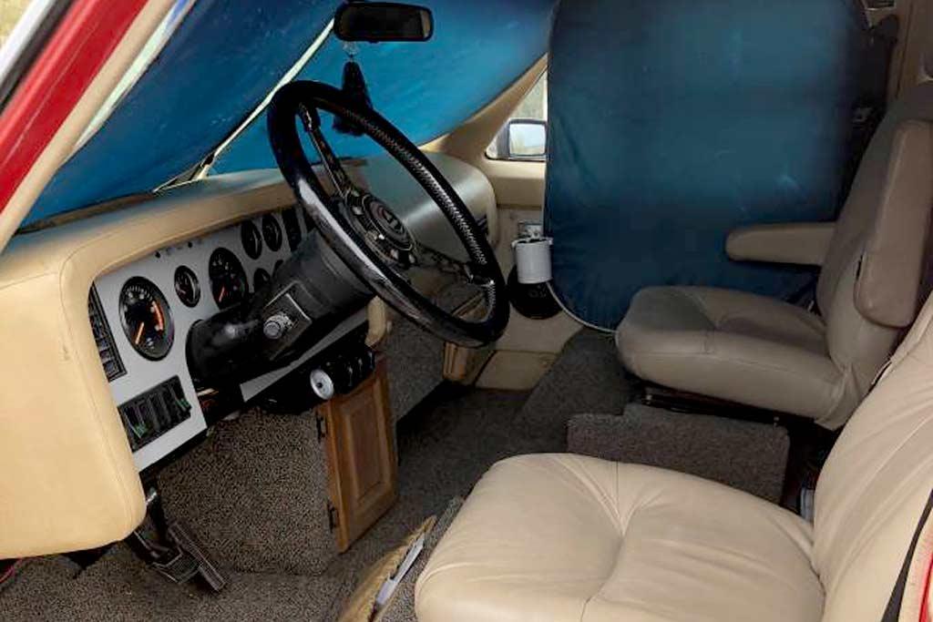 Необычный кемпер Vixen 21 RV от создателя модели DeLorean DMC-12