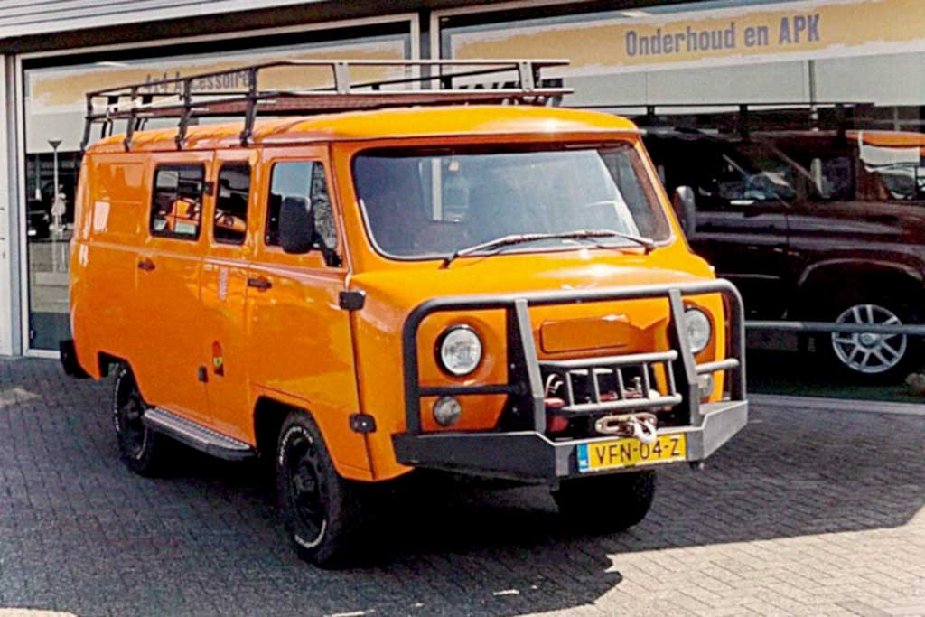 "УАЗ-452 ""Буханка"" с мотором Euro-6D"