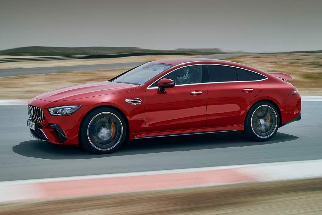 Топовый Mercedes-AMG GT 63 S E Performance: с завода 840 «лошадок»