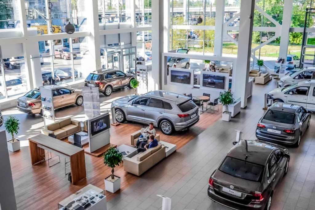 Покупку нового авто рекомендуют отложить минимум на год и вот почему