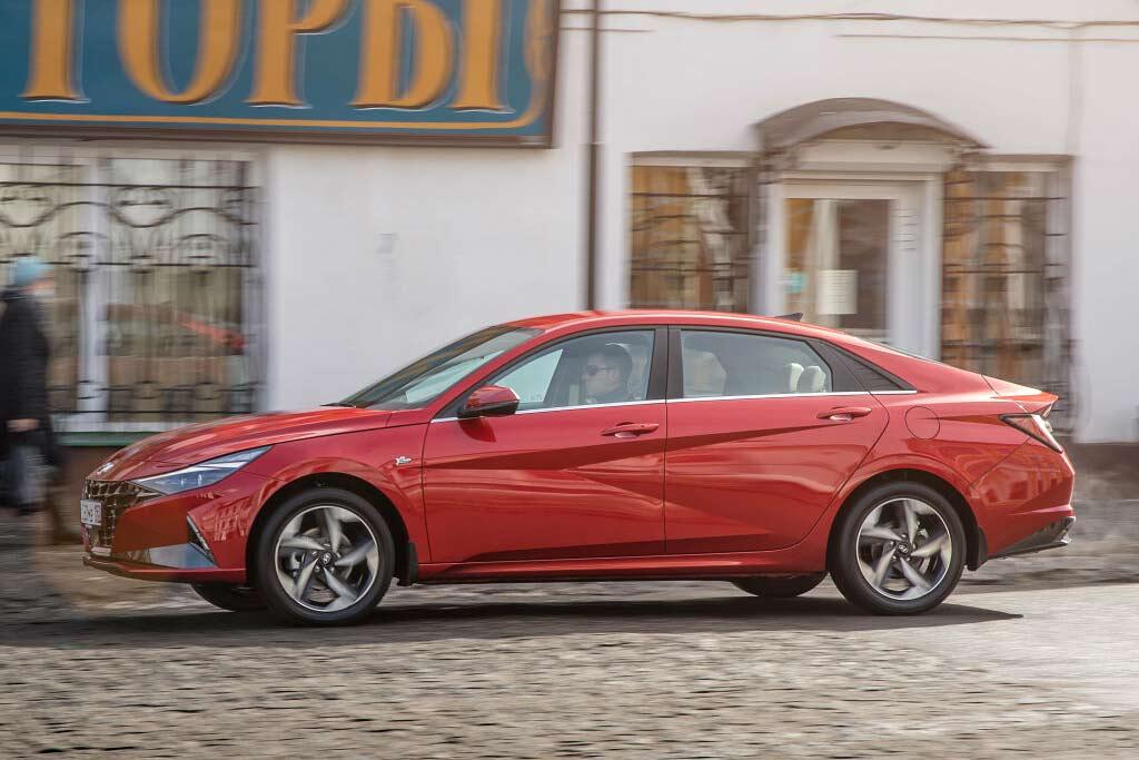 Стоит ли покупать новый Hyundai Elantra 2021: все минусы, отзывы владельцев