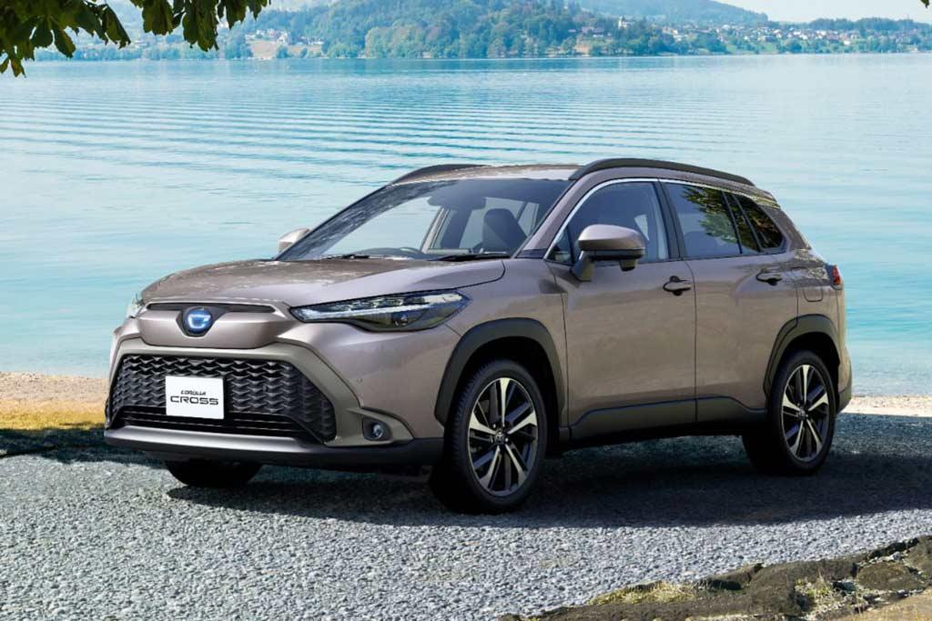 Toyota Corolla Cross для Японии отличился особым дизайном