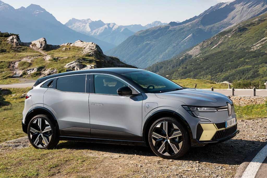 Renault Megane E-Tech: серийный вариант нового электрического хэтчбека
