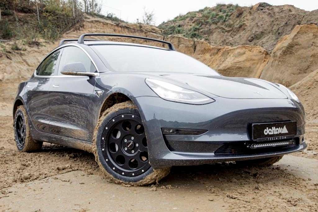 Tesla Model 3 получит увеличенный клиренс для Индии: там она цепляет «лежачих»