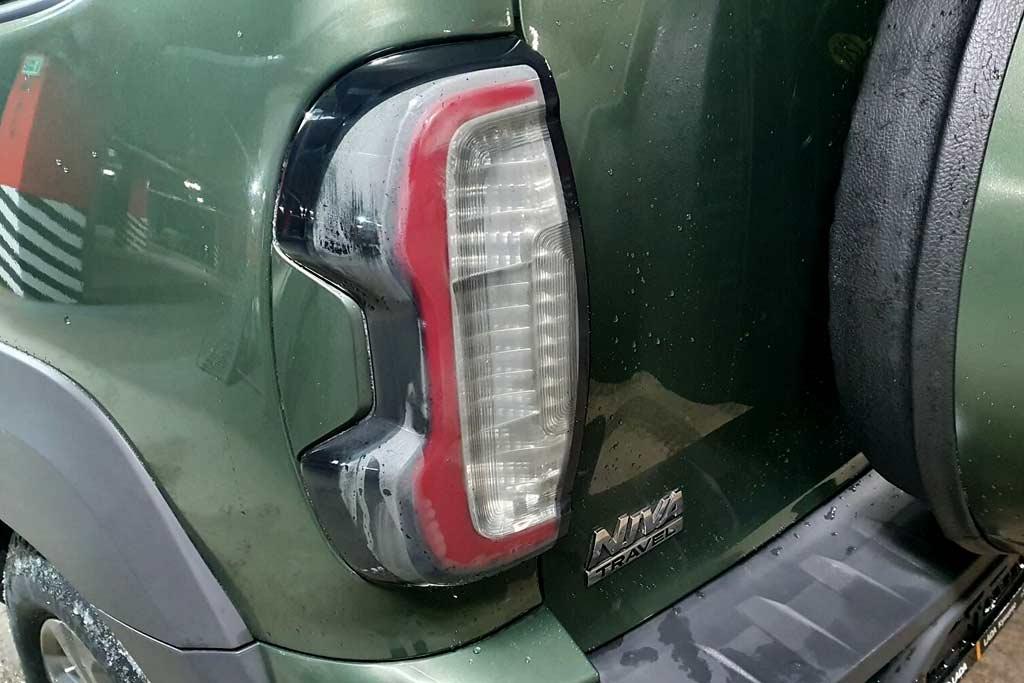 АвтоВАЗ устранил дефект с запотеванием задних фонарей на Lada Niva Travel