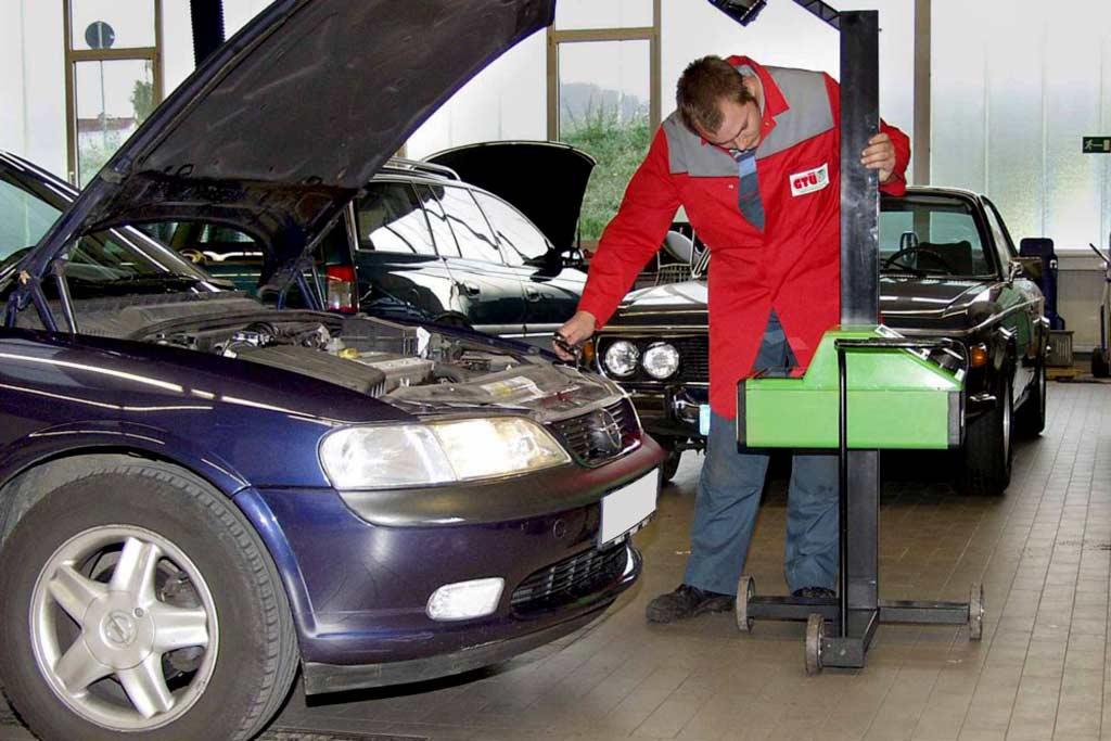 В России отменят обязательный техосмотр для личных легковых машин