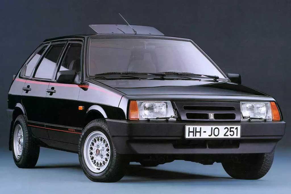 Примеры Lada Samara, которые продавали за границей: любопытные экземпляры