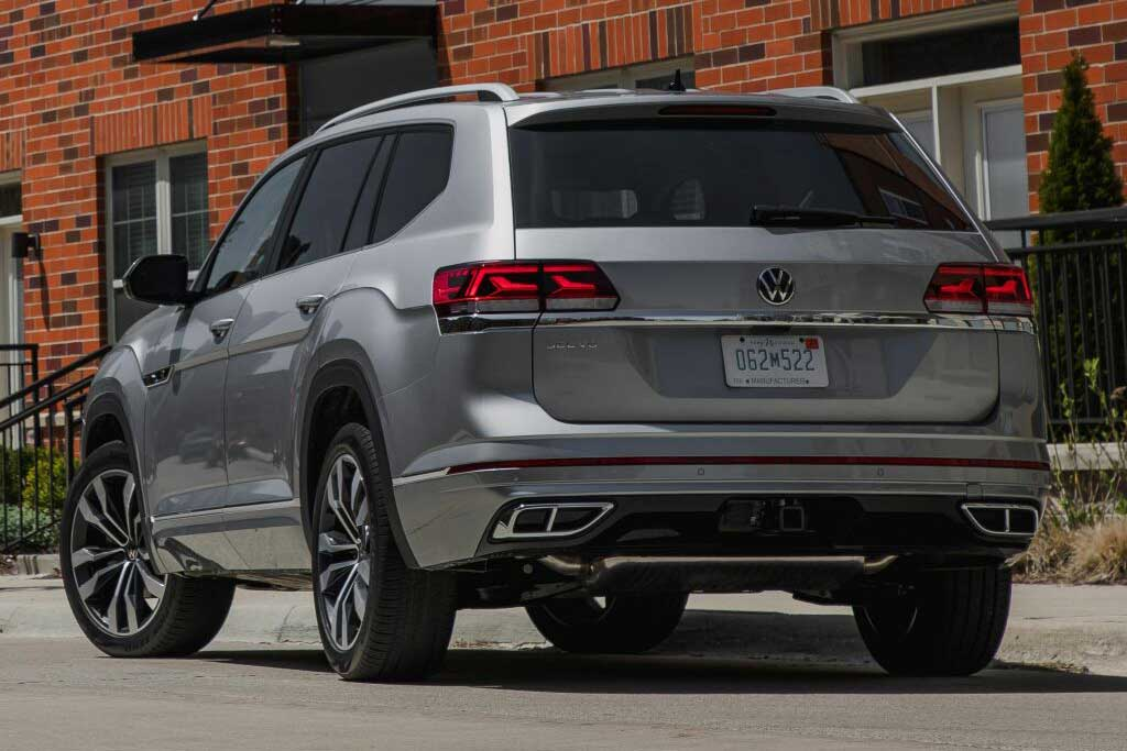 До России добрался обнвленный Volkswagen Teramont: известны цены