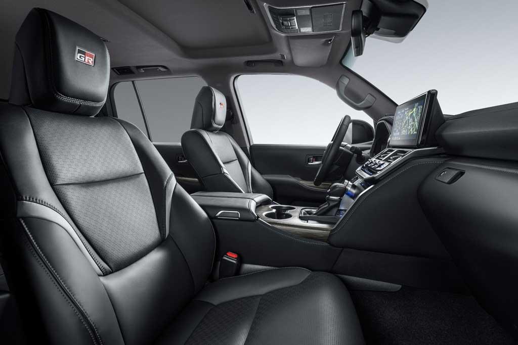 Toyota Land Cruiser 300 GR Sport