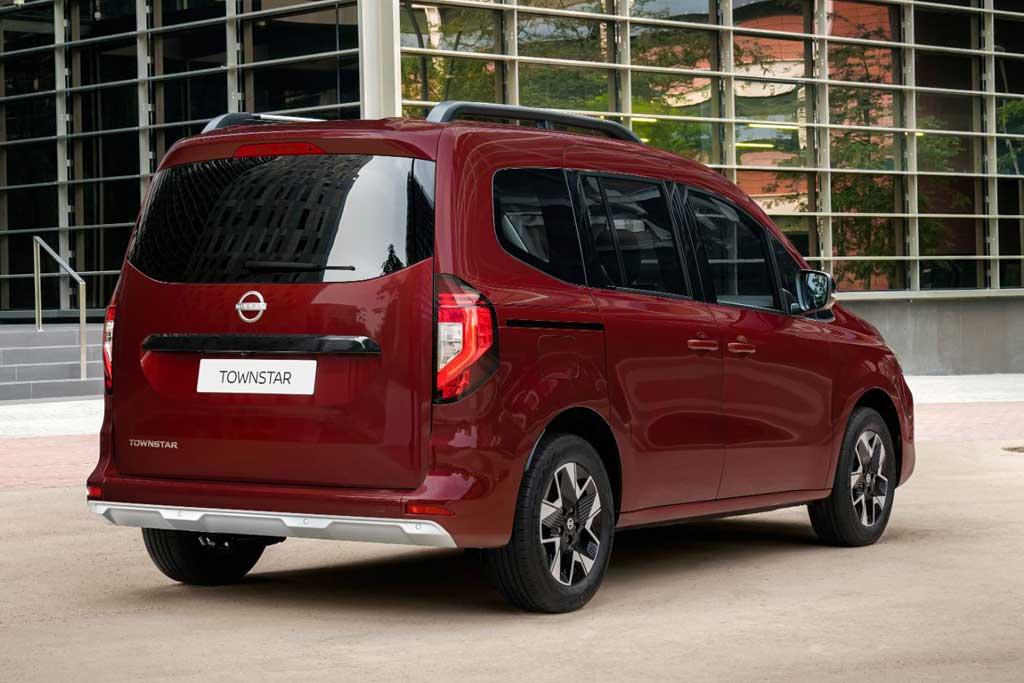Nissan Townstar 2022: японский «каблучок» на базе нового Renault Kangoo