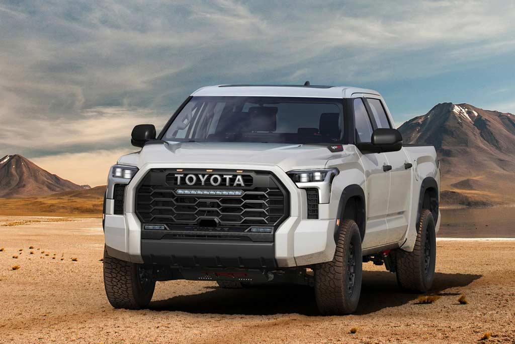 Японцы презентовали Toyota Tundra 2022: пикап третьего поколения