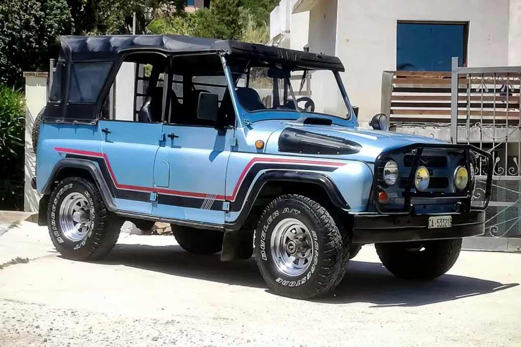В Италии продают экспортный УАЗ-469: когда-то он был доработан местным дилером