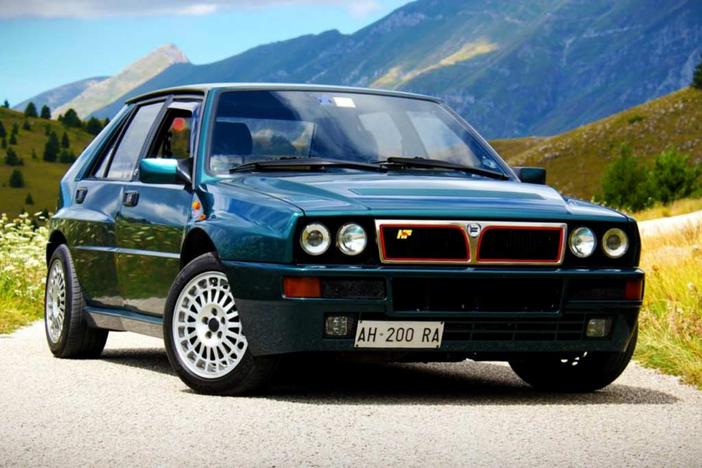 Концерн Stellantis пообещал возродить легендарную модель Lancia Delta