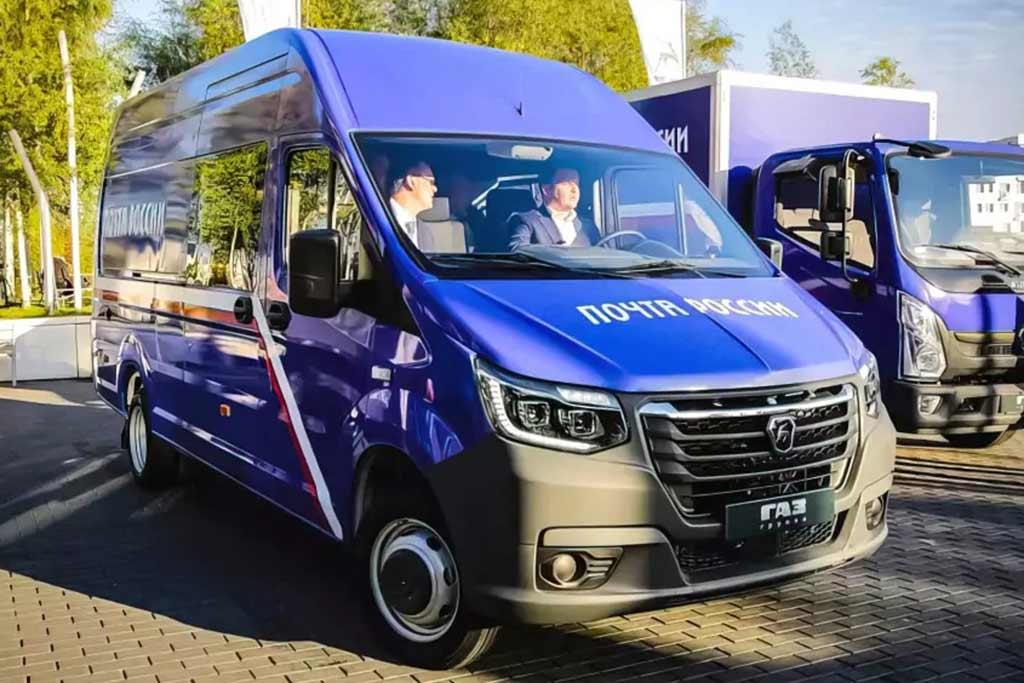 Gazelle e-NN стала первым электрокаром в автопарке Почты России
