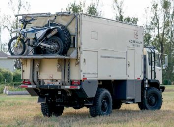 Titan XD 4400 Camper