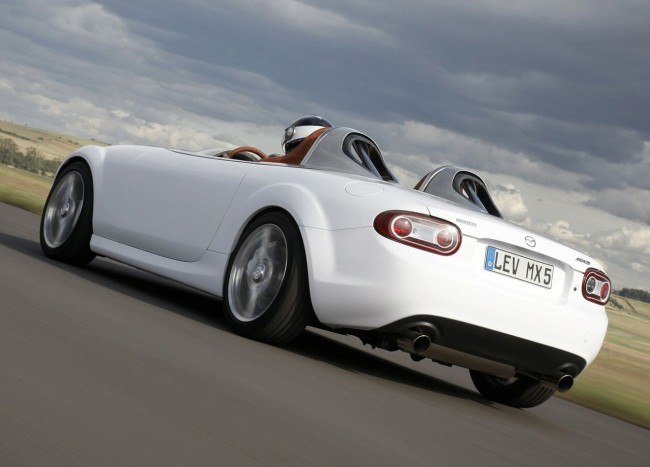 Фото  Mazda MX-5 Superlight Concept