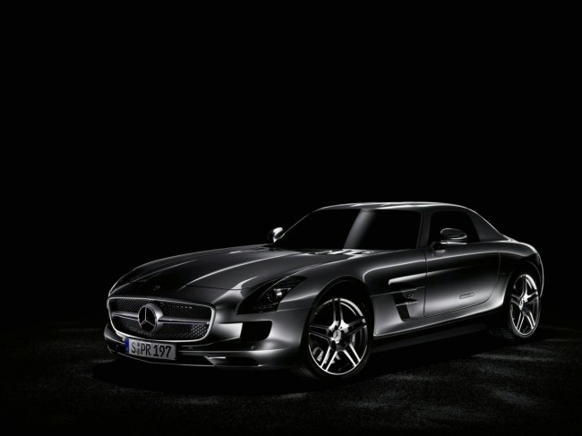 Фото Mercedes SLS AMG Gullwing