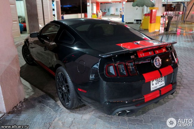 Ford Shelby GT500 фото