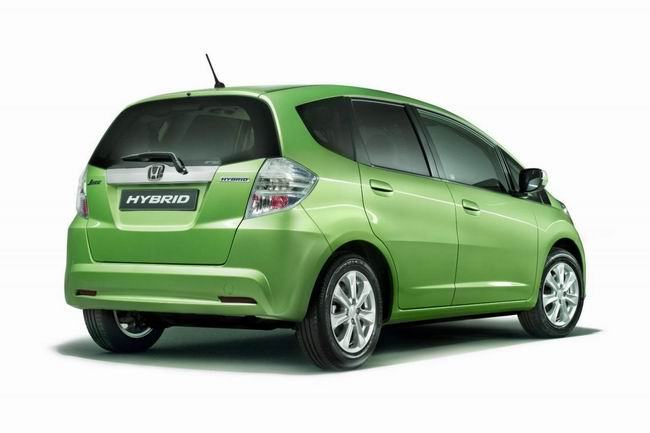 Honda Fit / Jazz Hybrid представят в Париже