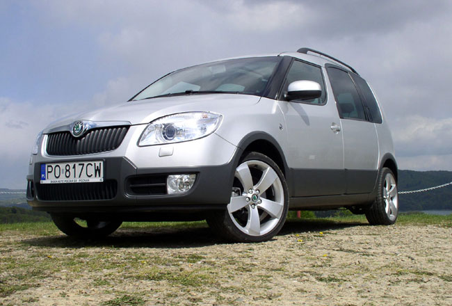 Фото Skoda Roomster Scout