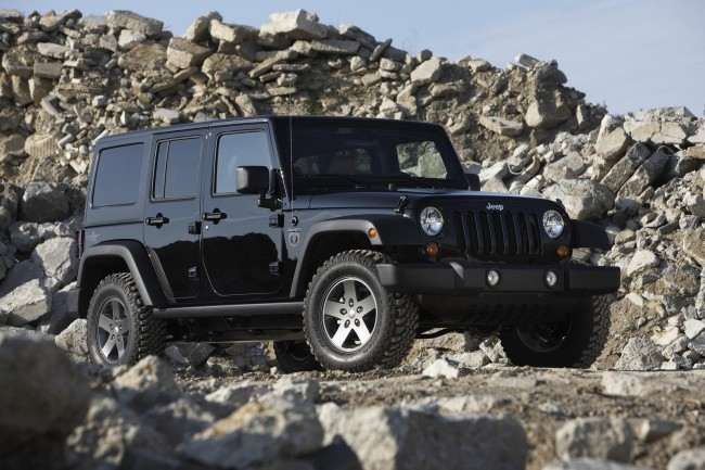 Фото Jeep Wrangler Call of Duty: Black Ops Edition