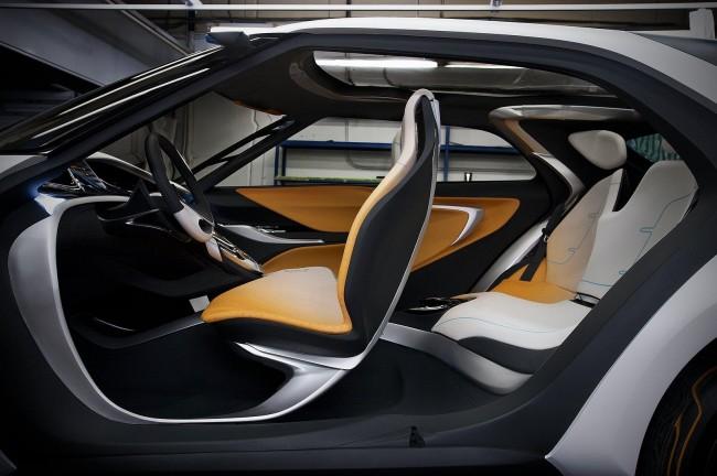 Футуристический интерьер Hyundai Curb
