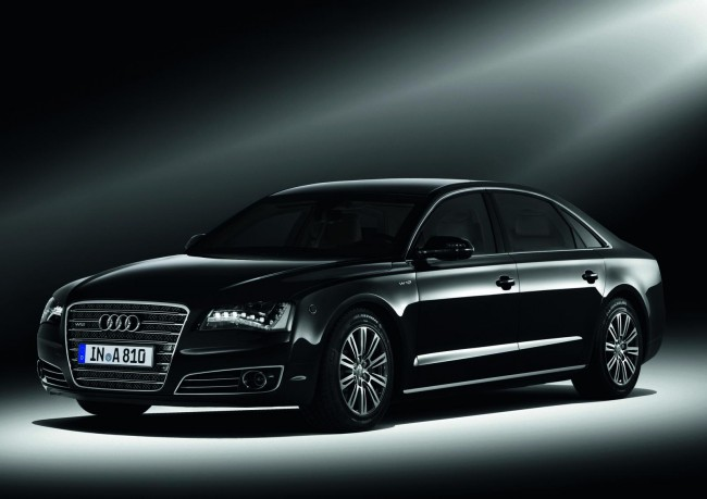 Audi представила седан A8 L High Security