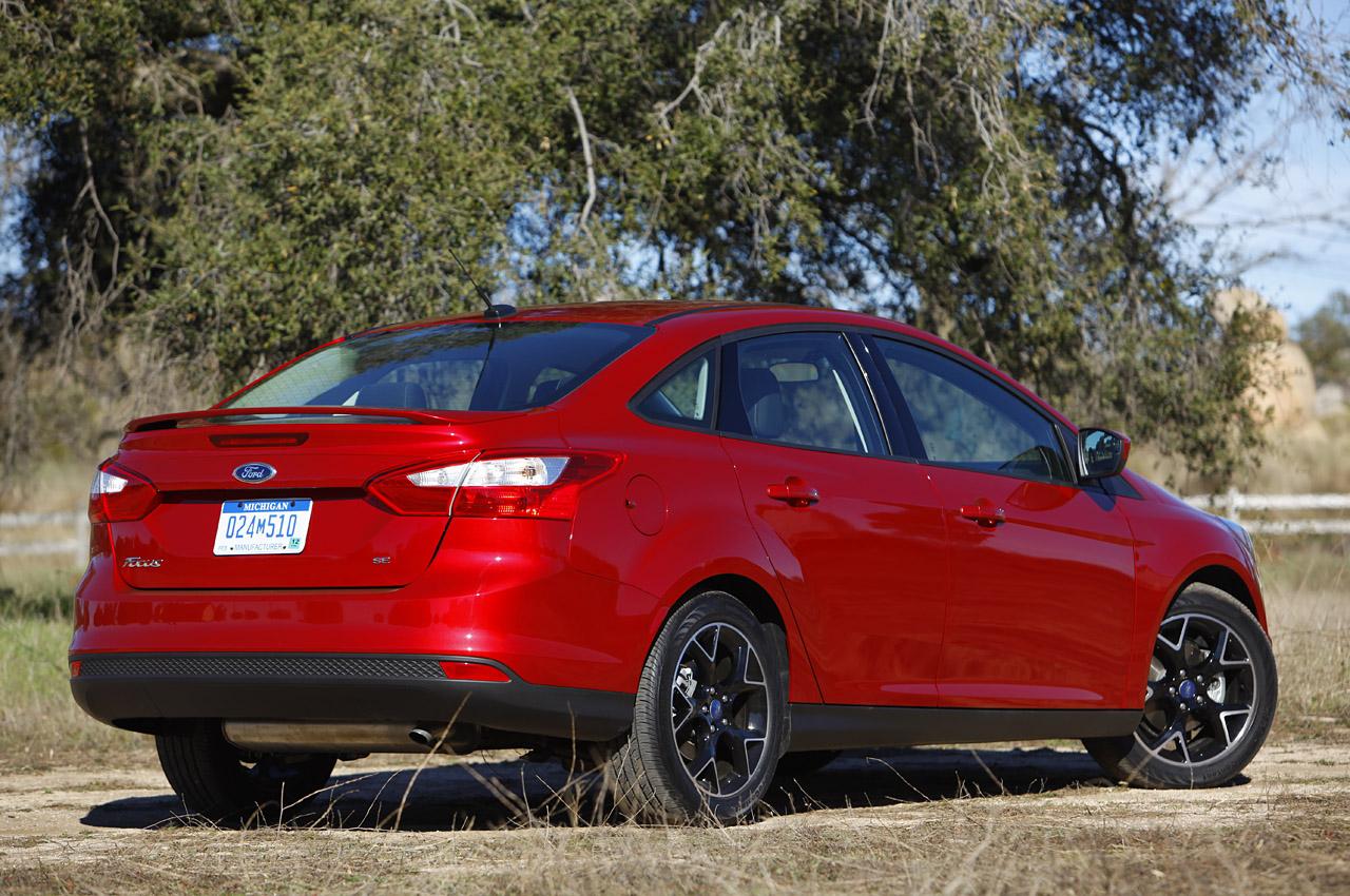 Новый форд фокус седан фото