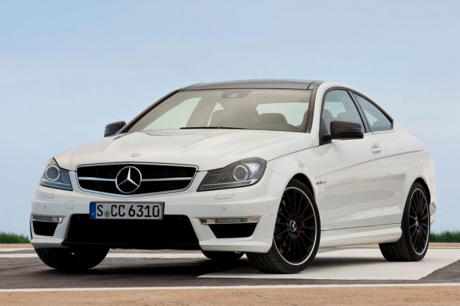 Mercedes C63 AMG Coupe фото