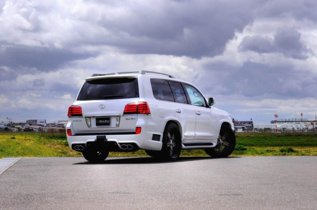 Тюнинг Lexus LX 570 от Wald International
