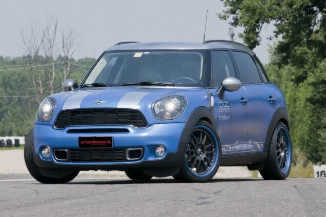 Фото тюнинг MINI Countryman Cooper S