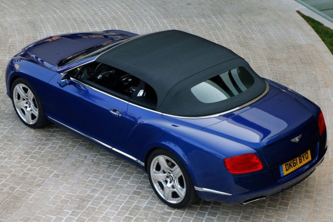Фото Bentley Continental GTC 2013