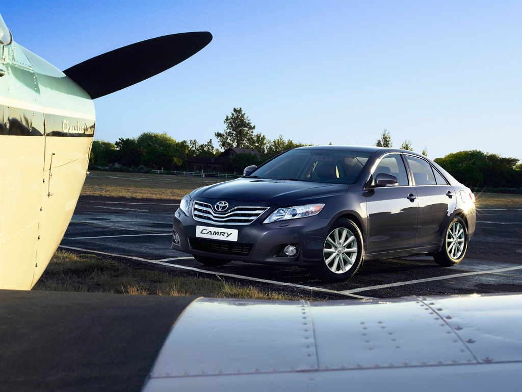 Тойота камри 2011 года