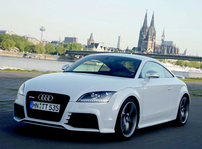 Фото купе Audi TT RS