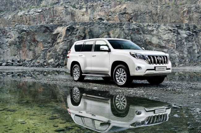 Toyota Land Cruiser Prado 2015 фото