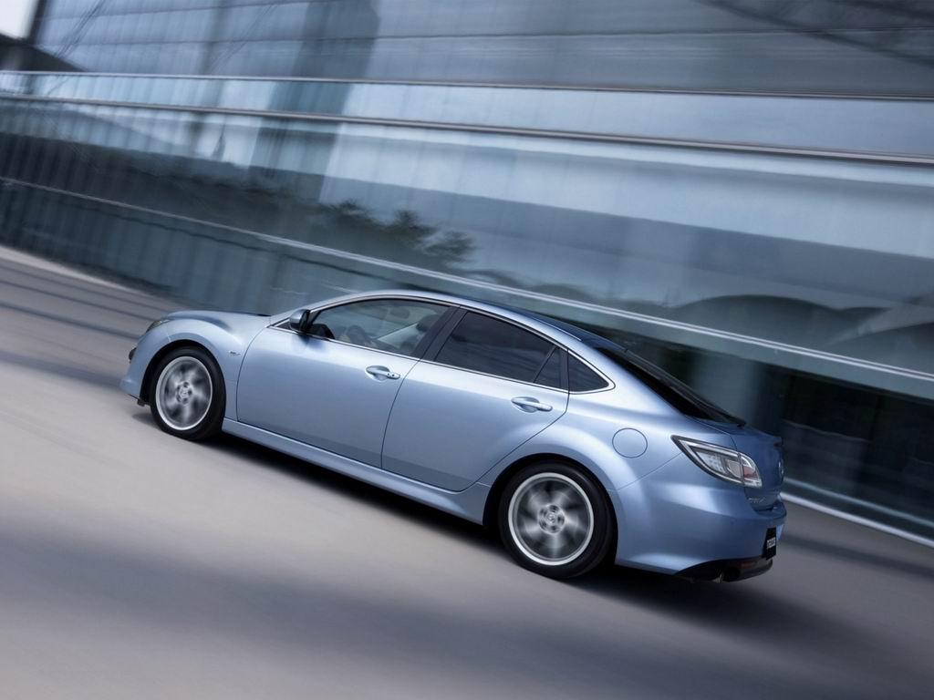 Фотографии Mazda 6 Hatchback Фот…